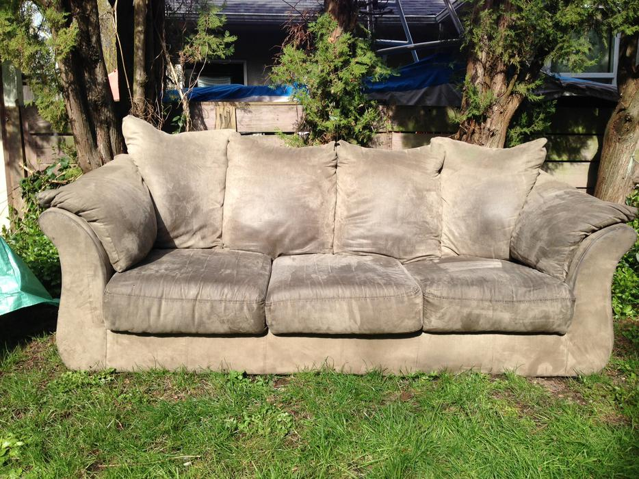 Large grey micro suede comfy couch for sale 60 obo oak for Suede couches for sale