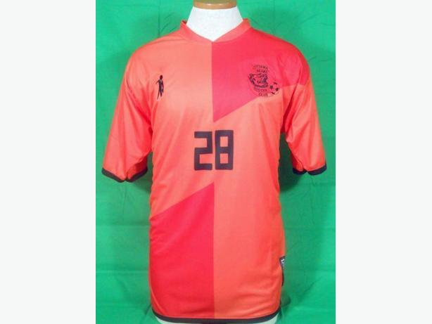 CUSTOM SOCCER JERSEYS FOR YOUR TEAM! www.peloterosports.com