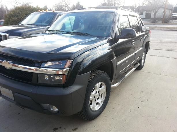 2004 chevrolet avalanche 4x4 north regina regina mobile. Black Bedroom Furniture Sets. Home Design Ideas