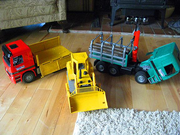 Toys For Trucks Calgary : Large toy trucks bruder south nanaimo