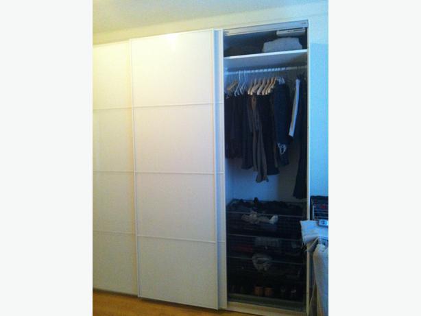 Reduced price pax ikea wardrobe farvik white glass - Mobile pax ikea ...