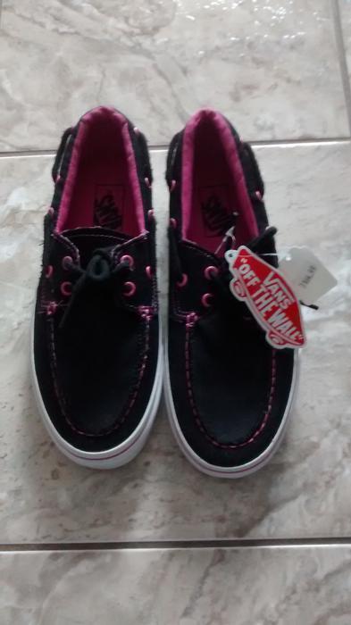 Vans Shoes Abbotsford