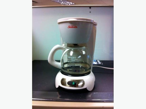 Sunbeam Coffee Maker Red : Sunbeam 5-cup COFFEE MAKER East Regina, Regina