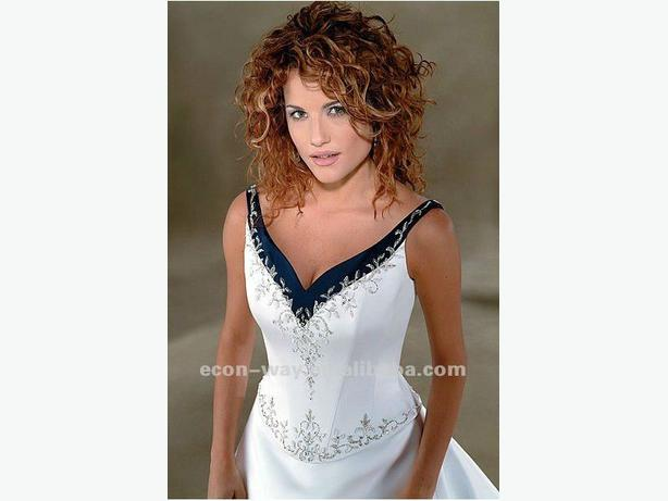 Navy blue white wedding dress malahat including for Used wedding dresses victoria bc