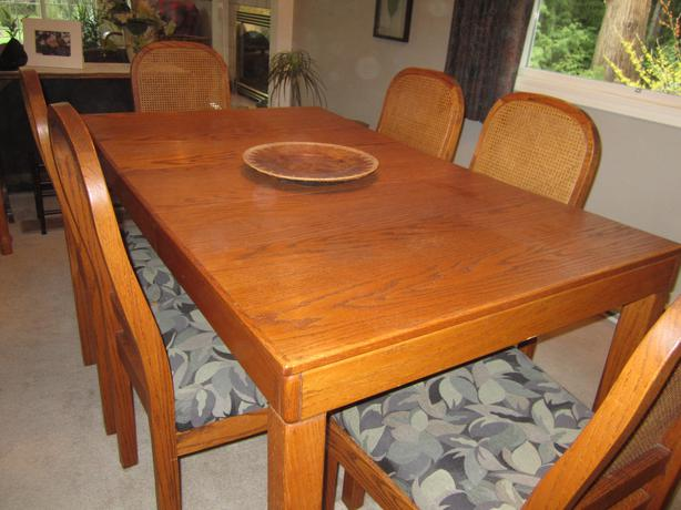 solid oak dining room table 6 chairs outside comox valley campbell