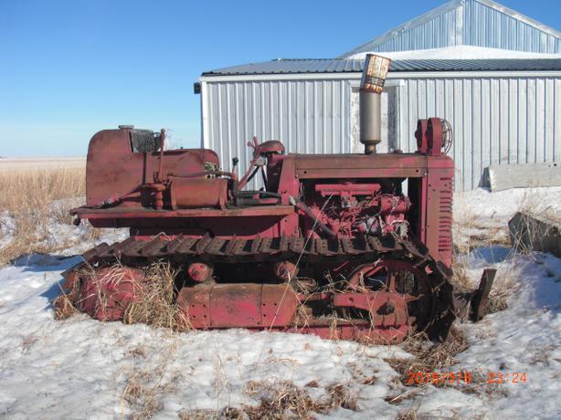 3 Cylinder International Tractor Parts : Ih td crawler tractor moose jaw regina