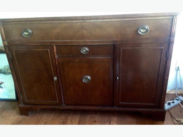 Vintage sideboard by Knechtel Saanich Victoria : 45495543614 from www.usedvictoria.com size 614 x 461 jpeg 30kB