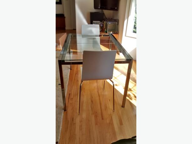 Extendable Glass Table Saanich Victoria