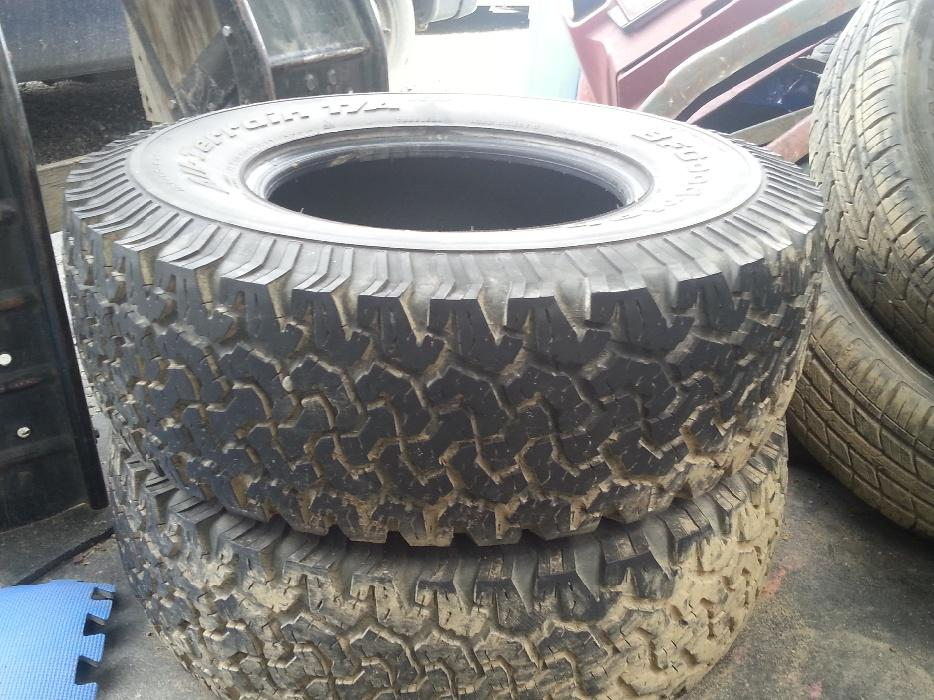 2x bf goodrich all terrain mud snow tires esquimalt view royal victoria. Black Bedroom Furniture Sets. Home Design Ideas