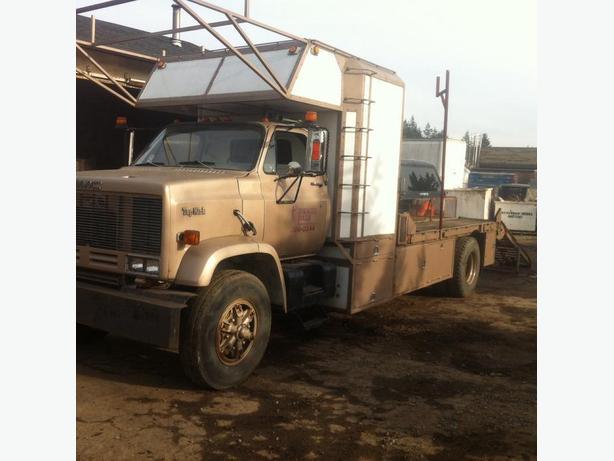 GMC Ramp Truck
