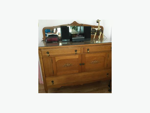Antique solid oak quarter cut side board / buffet