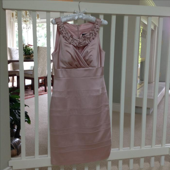 Jax special occasion dress central saanich victoria mobile for Used wedding dresses victoria bc