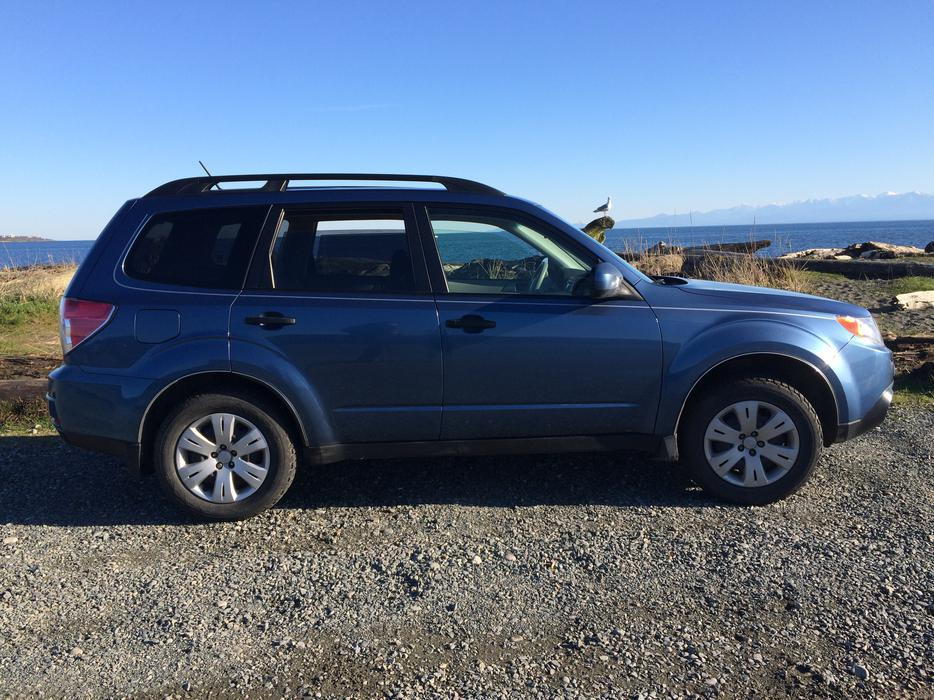2010 subaru forester obo outside cowichan valley cowichan. Black Bedroom Furniture Sets. Home Design Ideas