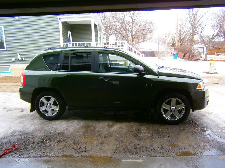 2007 jeep compass north edition limited 4x4 sunroof loaded except leather seats east regina. Black Bedroom Furniture Sets. Home Design Ideas