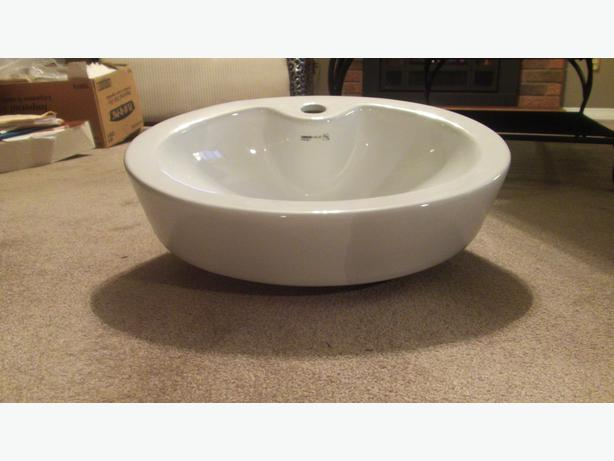 Vessel Sinks Rona : uberhaus design oval vessel sink from rona brand new still