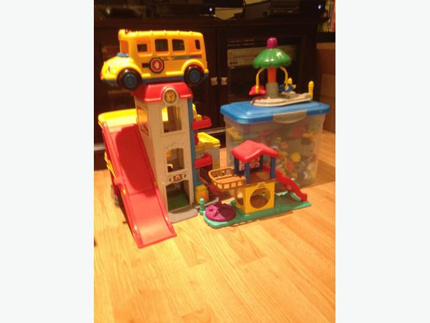 Little people garage bus and accessories orleans ottawa for Garage ad orleans