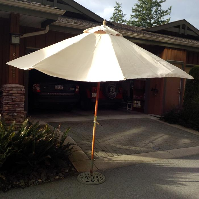 Patio Umbrella Amp Cast Iron Base West Vancouver Vancouver