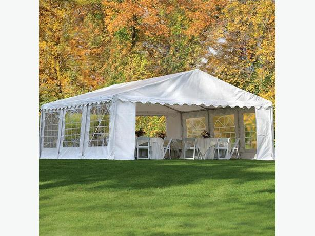ShelterLodgic Heavy Duty Party Tent 20' x 20' w/Enclosure