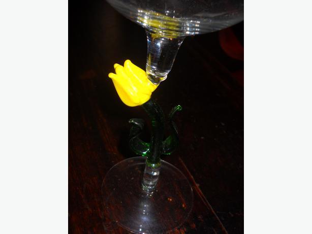 4u2c 9 Large Art Glass Stem Wine Glasses Or Smoothies