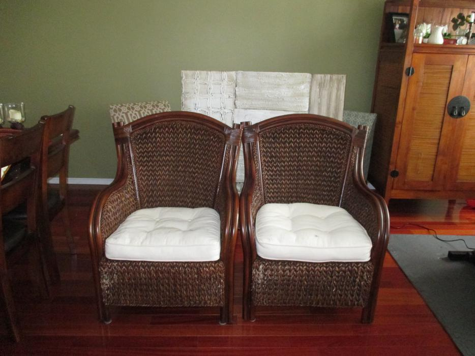 Two pier one king wicker chairs orleans ottawa - Pier one white wicker bedroom furniture ...