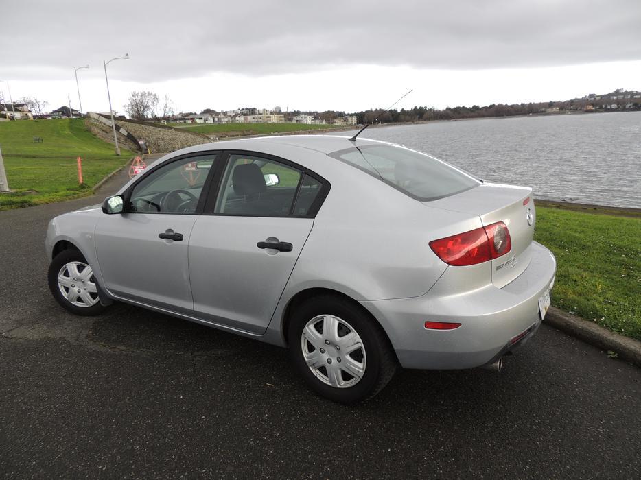2005 Mazda 3i Sedan 2 0l Victoria City Victoria