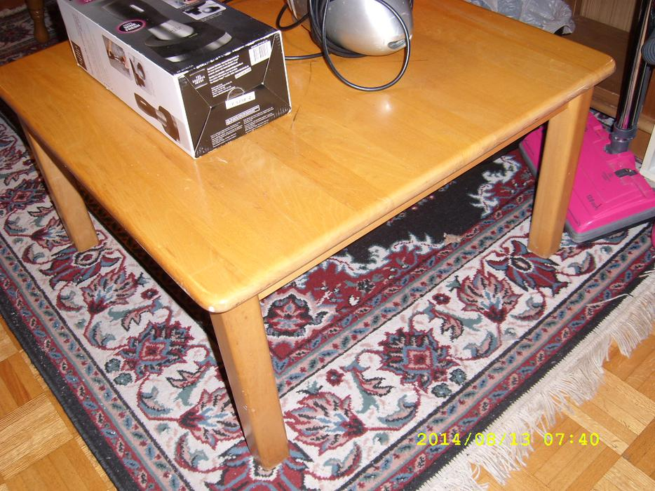 Fs maple casual table or coffee table also solid tv for Coffee tables ottawa