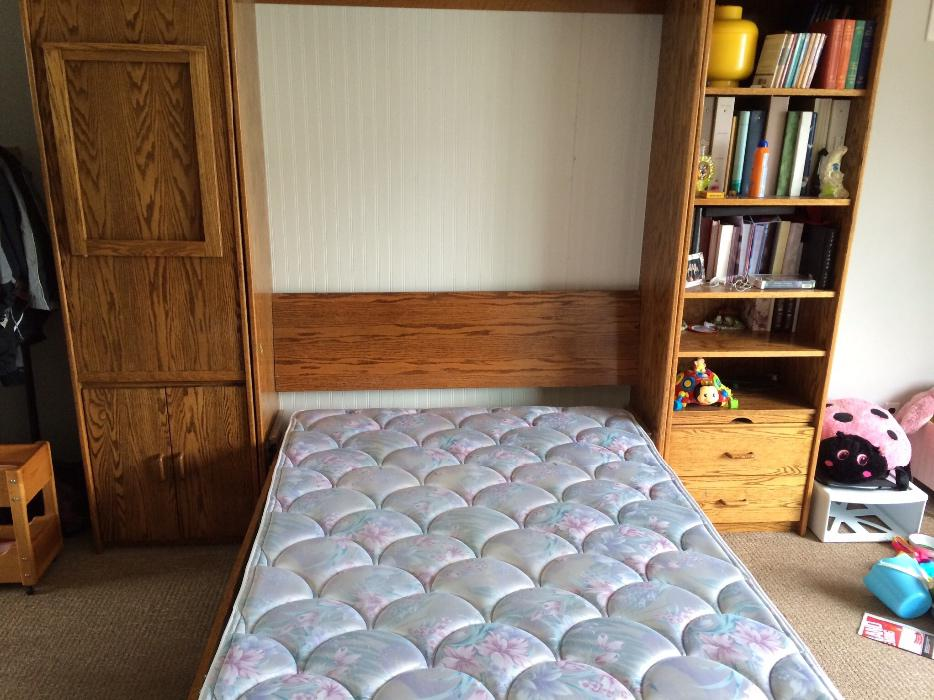 Murphy Beds Gatineau : Solid oak murphy bed beautiful but have to sell central