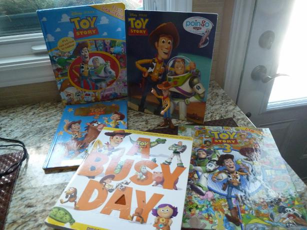 "5 Toy Story Books and Woody 6"" Figure"