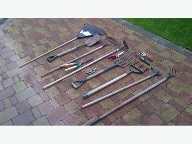 Misc gardening tools victoria city victoria for Gardening tools required