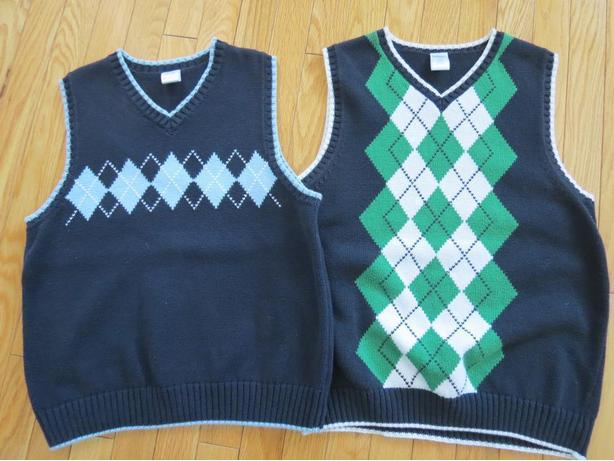 BOYS SIZE 10-12 GYMOBOREE ARGYLE VESTS