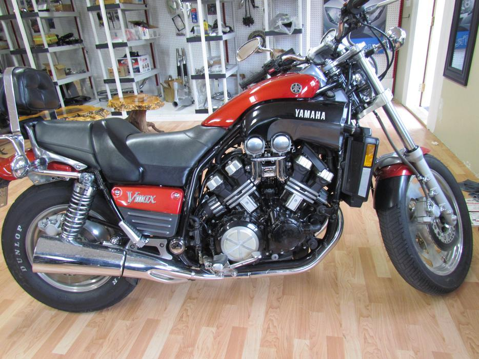 1988 yamaha v max 1200 cc for sale by owner outside victoria victoria. Black Bedroom Furniture Sets. Home Design Ideas