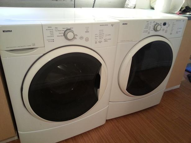 Kenmore HE2 Front Loading Washer and Dryer Saanich, Victoria