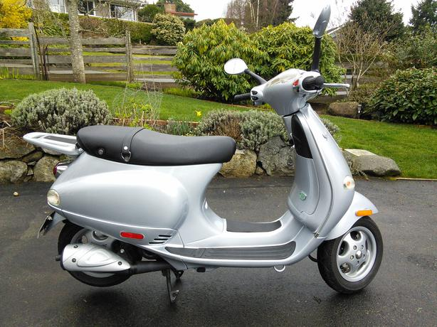 2005 vespa et2 qualicum parksville qualicum beach mobile. Black Bedroom Furniture Sets. Home Design Ideas