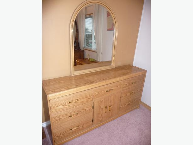 7 Drawer Dresser With Framed Mirror Central Nanaimo