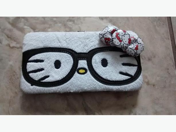 Brand New Hello Kitty Wallet