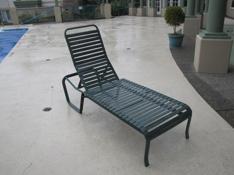 Patio furniture for sale surrey incl white rock for Outdoor furniture vancouver