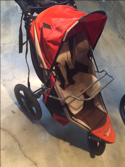 bob stroller revolution raincover seat adaptor tray hbar console warm fuzzy west shore. Black Bedroom Furniture Sets. Home Design Ideas