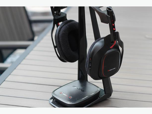 Don' let the name of Astro A50 Xbox One wireless gaming headset fool you: Despite the Xbox One branding, an Astro rep confirmed that the headset also works with the PS4, PS3, Xbox , Windows computer, and even mobile devices. Below are some quick instructions on how to .