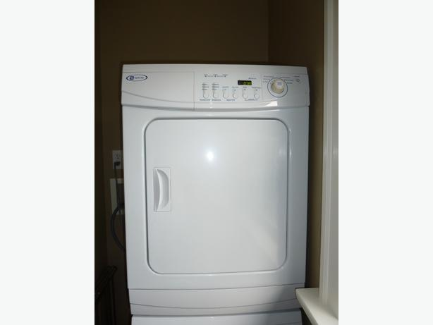 apartment size maytag front loading washerdryer