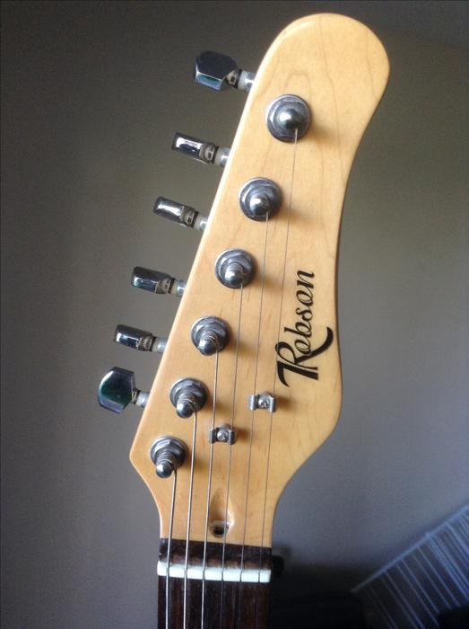 robson electric guitar amp strap soft case chord picks victoria city victoria mobile. Black Bedroom Furniture Sets. Home Design Ideas