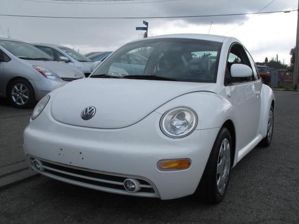 2000 vw new beetle only 122 000k 5 speed outside comox. Black Bedroom Furniture Sets. Home Design Ideas