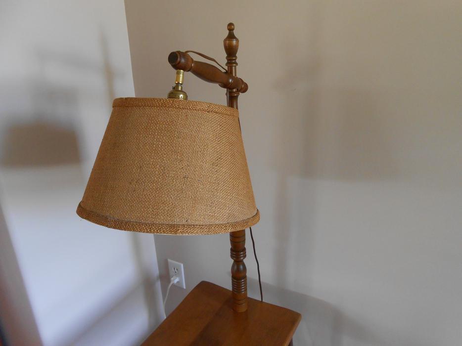 LAMP TABLE Outside Nanaimo, Nanaimo