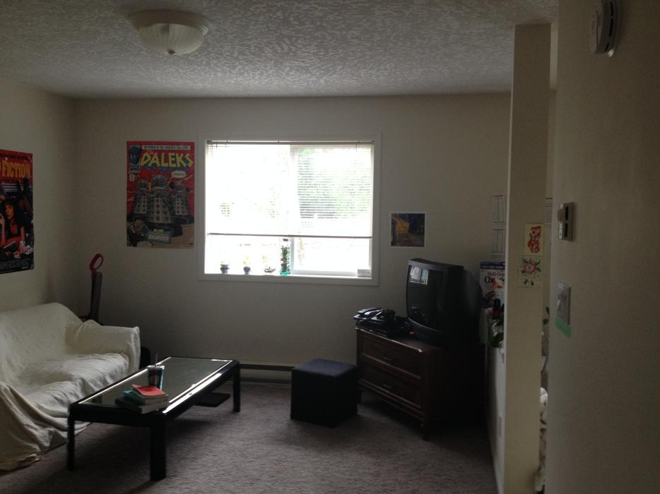 Cheap Room For Rent In Kingston