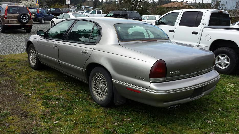 1995 Chrysler Lhs Back Lot Special Outside Nanaimo
