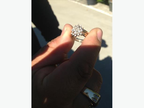 10K 1ct diamond cluster engagement/ wedding band combo