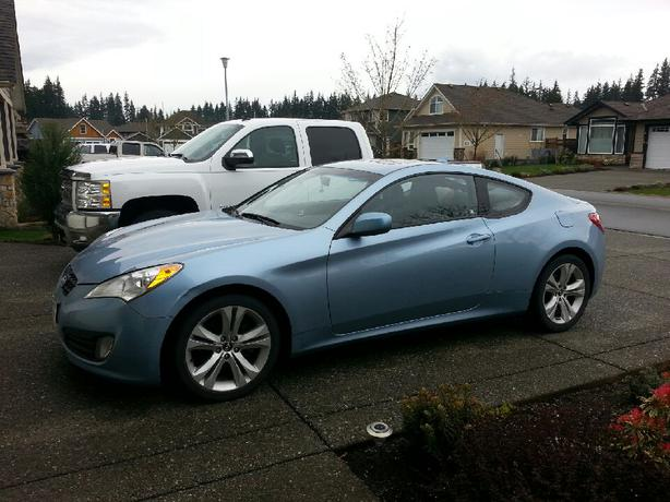 2010 hyundai genesis 2 door coupe campbell river courtenay comox. Black Bedroom Furniture Sets. Home Design Ideas