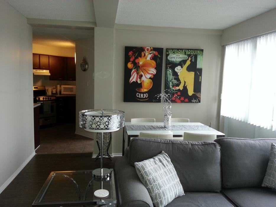 Downtown Lg 1br Apartment Park Aval 218 Maclaren Avail Immediately Central Ottawa Inside