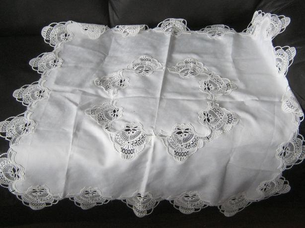 Washable 25 quot x 25 quot square tablecloth and matching window valance