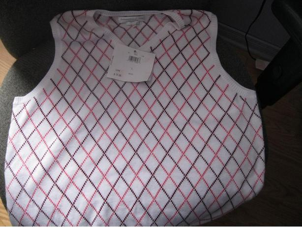 BRAND NEW (with tags) - Womens ARGYLE vest - size large