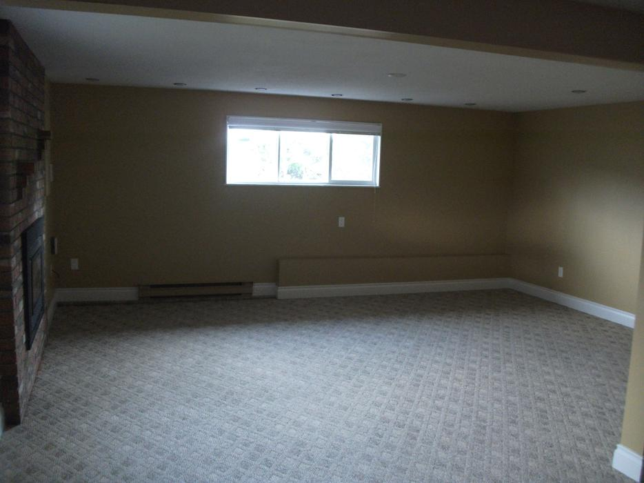 Large one bedroom basement suite rented central saanich victoria mobile for 1 bedroom basement for rent in prince george